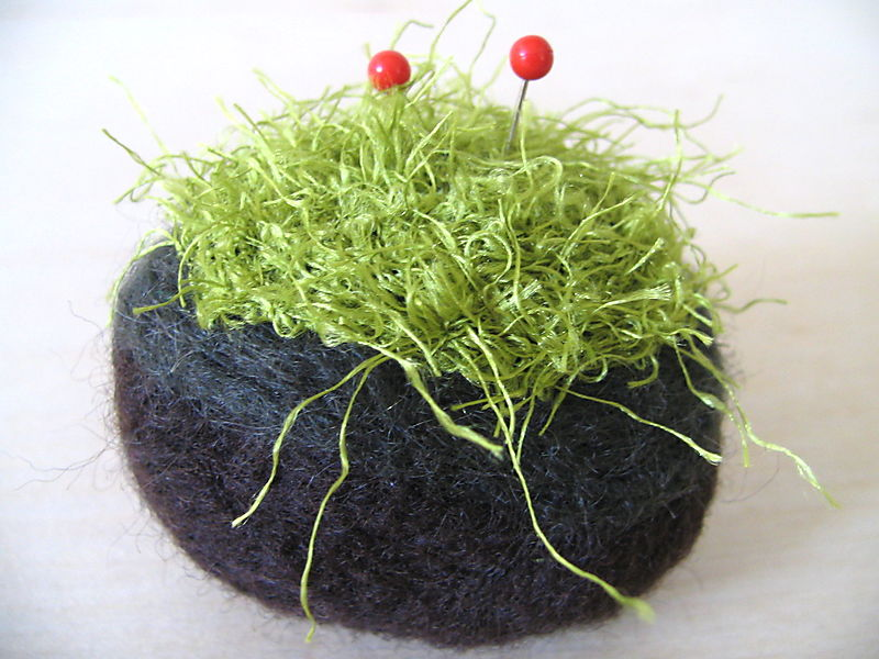 Moss Peppermint Pincushion 3, 4_edit