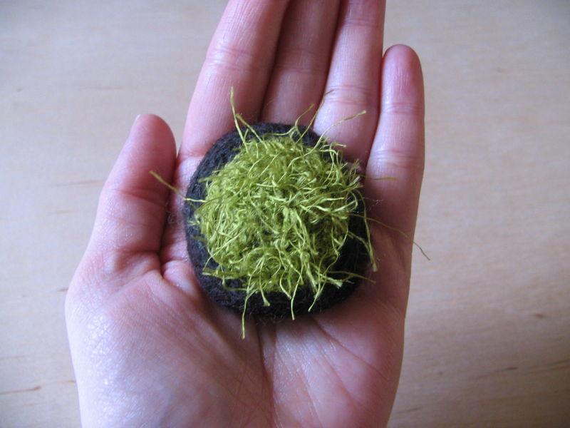 Moss Brooch 2, 10