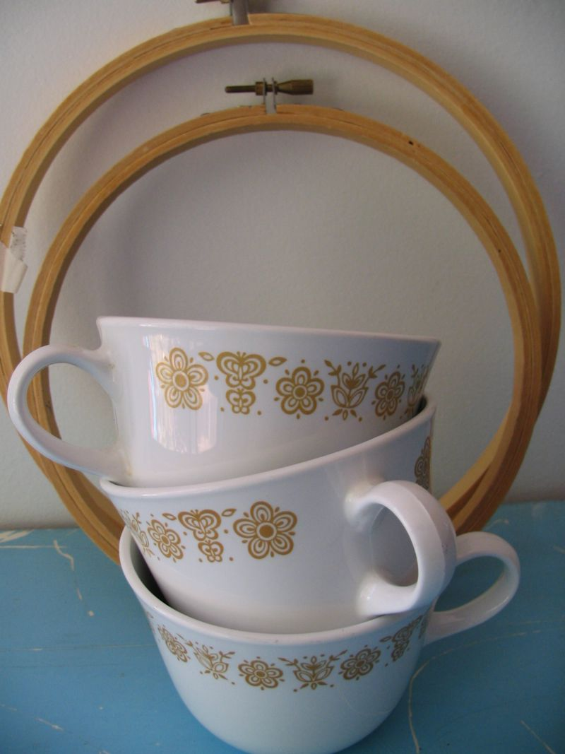 Cups and Hoops, 1