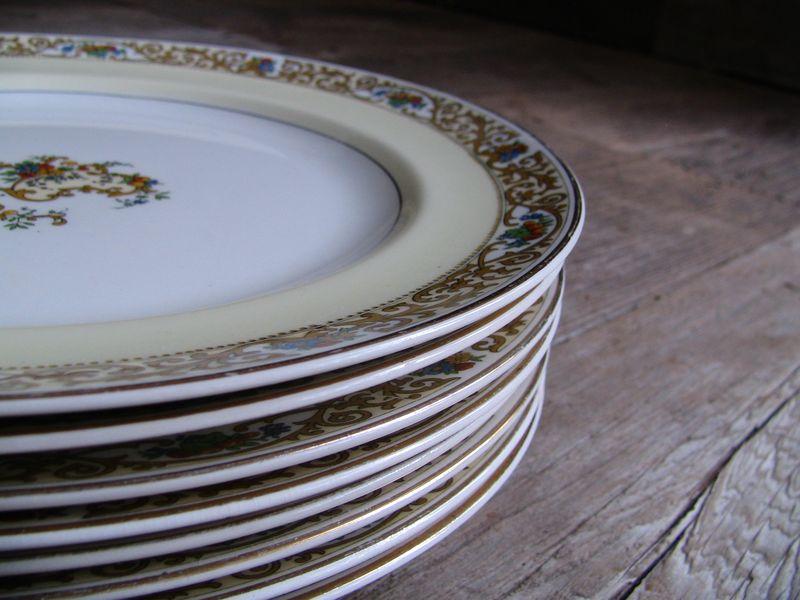 Set of 8 Floral Dinner Plates, 2