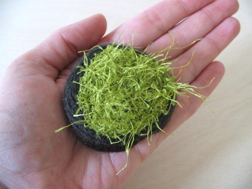 Moss_brooch_1_6_edit